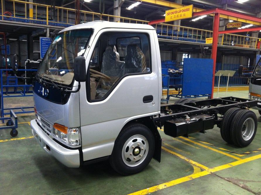 Đánh giá xe tải JAC 2T4(1)