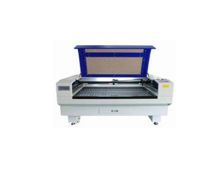 Ứng dụng máy cắt khắc Laser 1610 trong ngành may mặc,  giày da