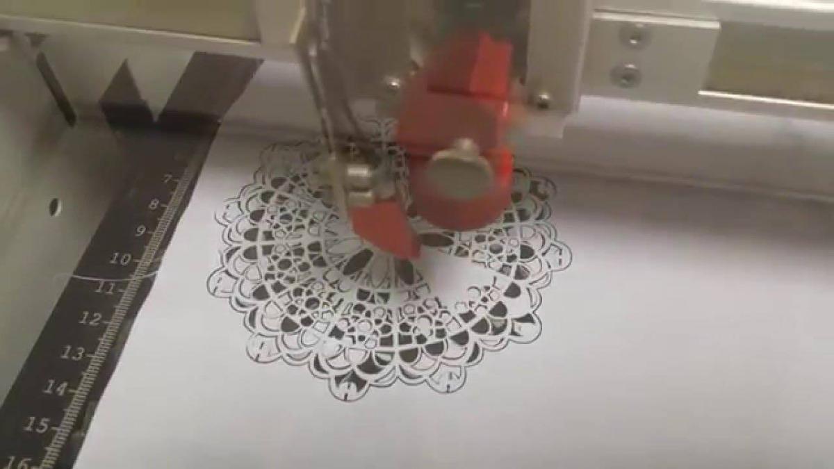 Ứng dụng máy cắt khắc Laser 1610 trong ngành may mặc,  giày da(2)
