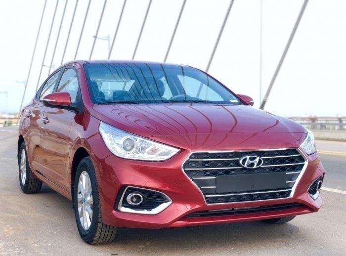 Giá xe Hyundai Accent 2018 bao nhiêu?(2)