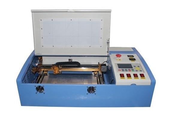 Nên sử dụng máy Laser loại nào để khắc dấu cao su