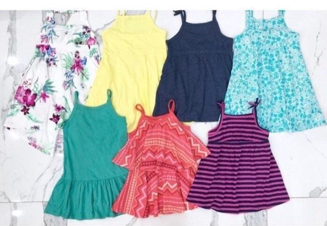 Cách chọn mua quần áo cho bé trai và bé gái