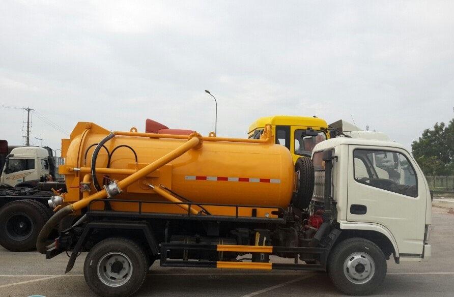 Xe Dongfeng hút hầm cầu - hút bể phốt 5khối- 5m3 nhập khẩu, giá rẻ(1)