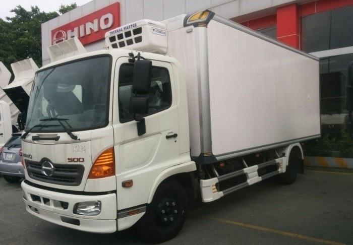 Hino Motors Việt Nam giới thiệu dòng xe tải đạt chuẩn Euro 4(1)
