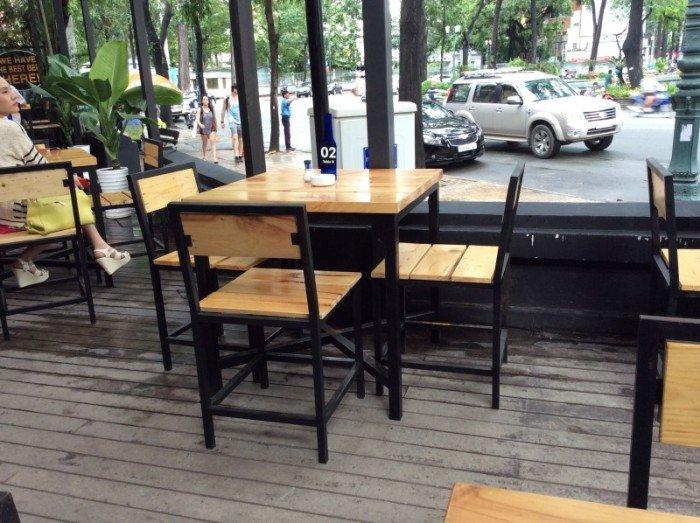Kinh nghiệm lựa chọn mua bàn ghế cafe ngoài trời