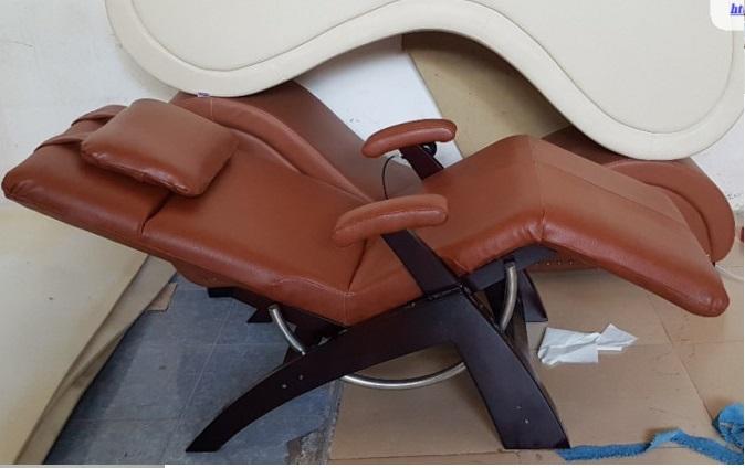 Sofa thư giãn phải có phần gác tay mới thoải mái(1)