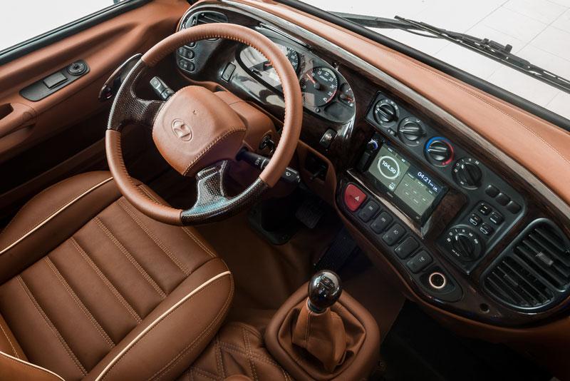 Nội thất Hyundai County Limousine(8)