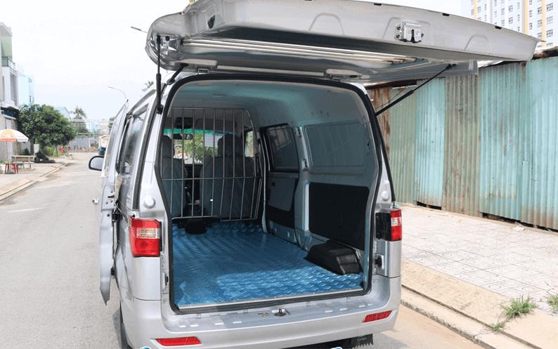 khoang chứa đồ của xe tải van Dongben X30 2 chỗ