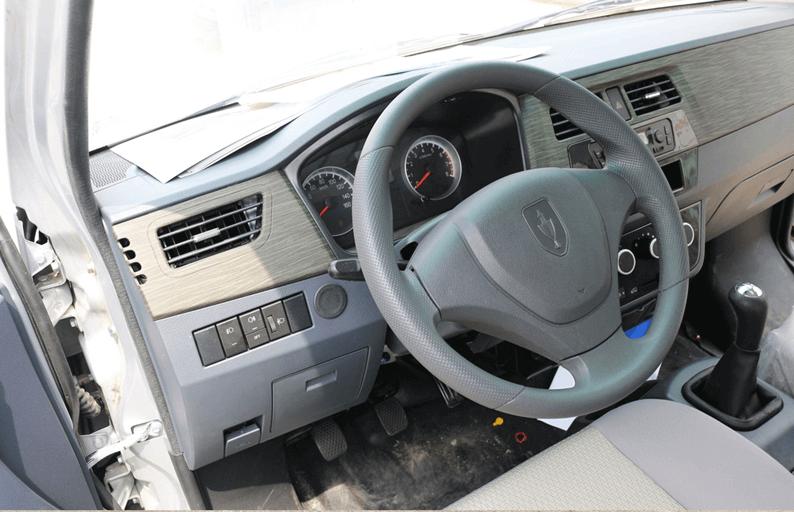 nội thất xe tải van Dongben X30 V2