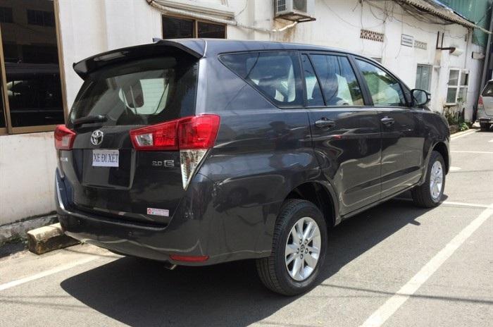 Đánh giá xe Innova 2018 số sàn