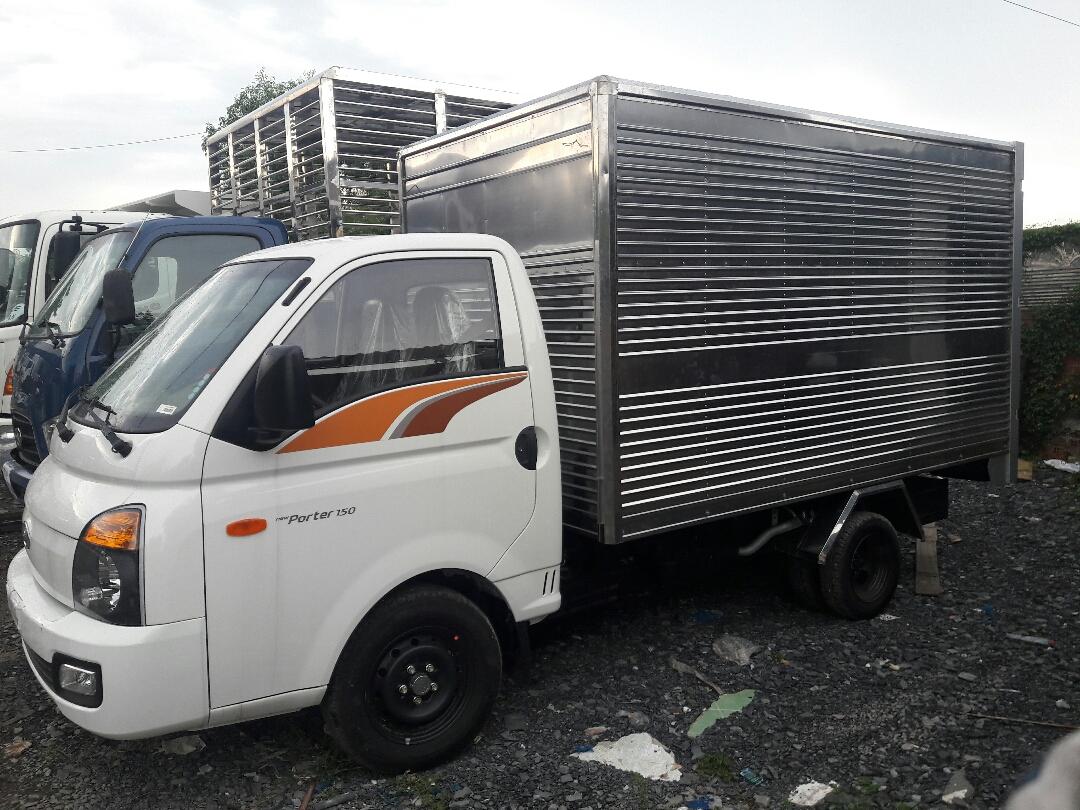 Về xe tải Hyundai 1.25 tấn