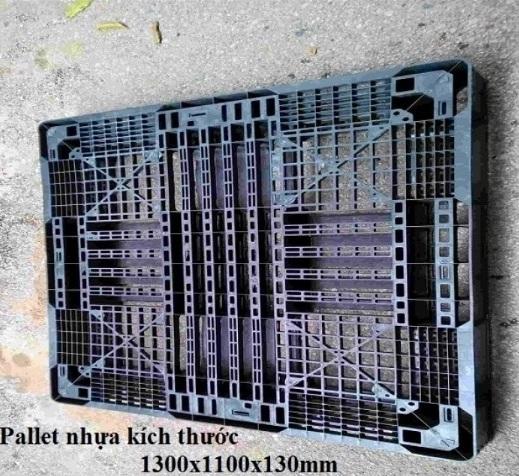 Pallet nhựa cũ giá rẻ 1300x1100x130mm màu đen